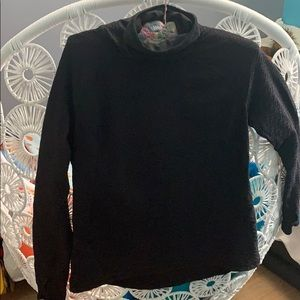 Lucy.com long sleeve athletic shirt